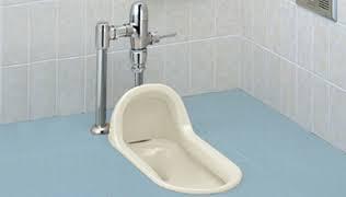 コンビニのトイレを借りたら、何買う?