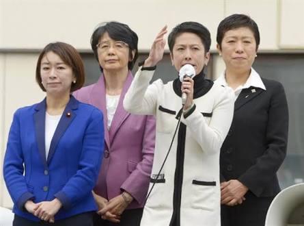 蓮舫氏、立民入り検討…民進離党者相次ぐ可能性