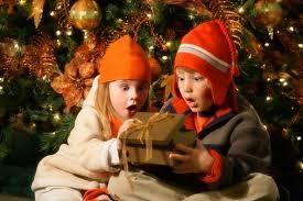 クリスマスプレゼントいつあげる?