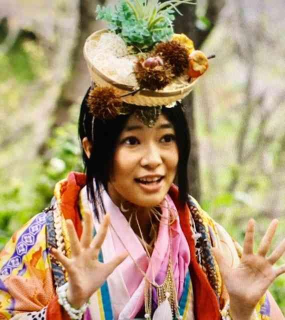 指原莉乃   STUデビュー前に脱退、劇場支配人も辞任「HKTに専念したい」