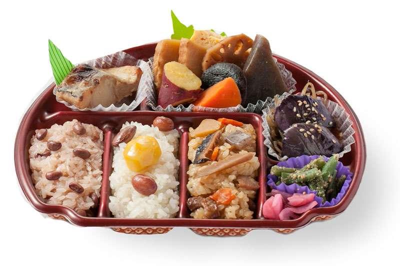 ファミマ過去最高額の弁当「忖度御膳」が売れない。店員たちが悲鳴の声をあげる