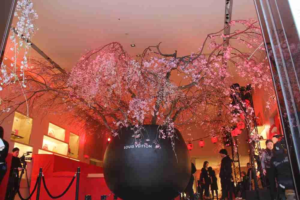 なぜ神戸に半殺しの生木を吊してはいけないのか 震災死者を冒涜する「世界一のクリスマスツリー」の売名鎮魂ビジネス