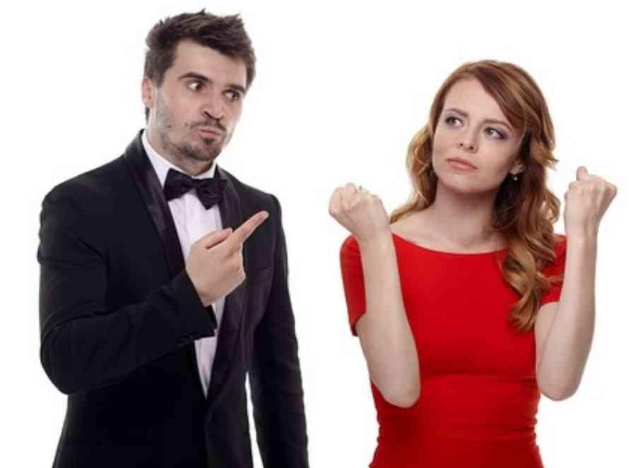 離婚した人、自分にも否があったと思いますか?