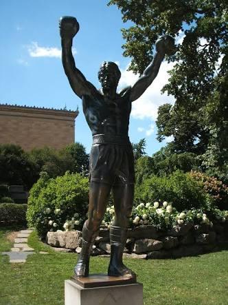 シルヴェスター・スタローン、自分の銅像に約4500万円を費やす