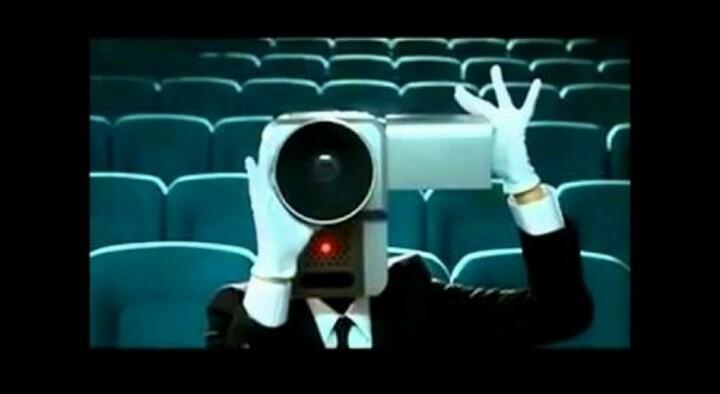 映画館でイラっとすることありますか?