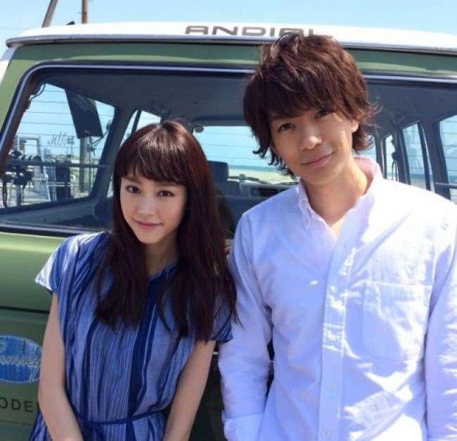 桐谷美玲と三浦翔平が交際開始 廊下を挟んだ向かいに住む
