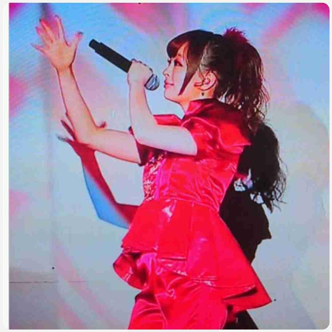 きゃりーぱみゅぱみゅ、妊娠説否定「落ち込む…」FNS歌謡祭の衣装で話題に