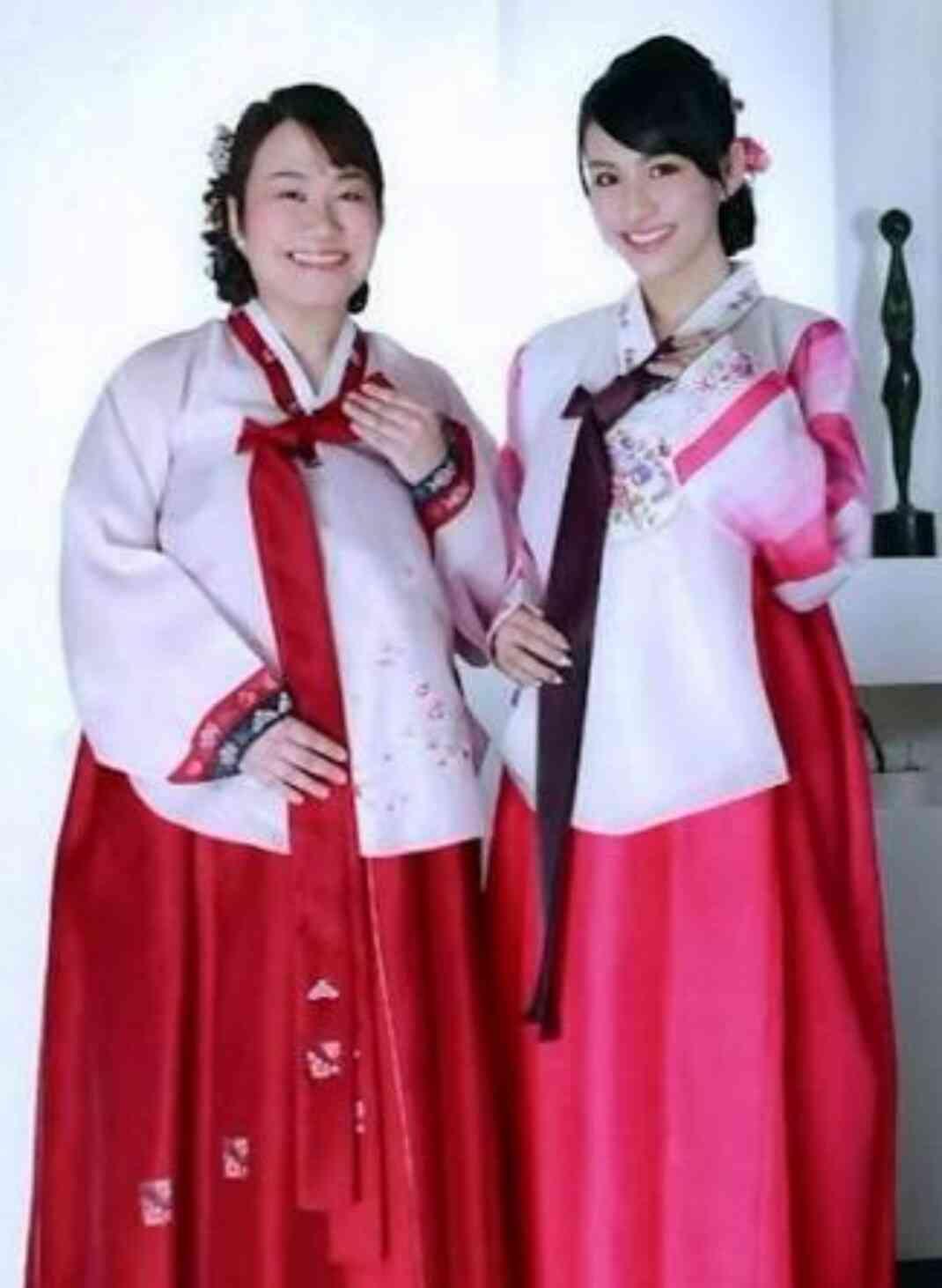 きゃりー&Perfumeあ〜ちゃんが仲良しプライベート旅行 「最強ペア」とファン歓喜