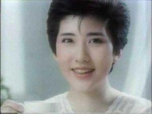 """山咲千里55歳で初ヘアヌード…92年""""ボンデージ""""以来26年ぶり写真集"""