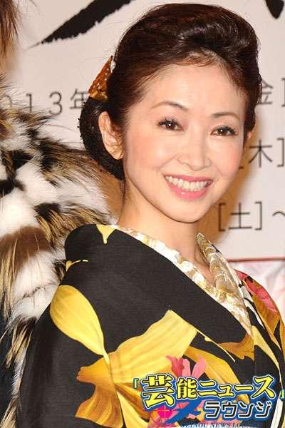平野ノラ、荻野目洋子と初対面「バブルのバトンを頂いた」