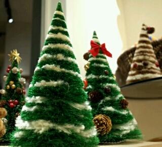 亀の子たわしが『クリスマスツリー』を売ってる!ウソかと思ったら本当だった