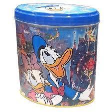 ディズニーのお菓子の缶をあげてこう!!