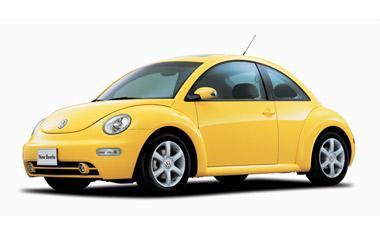 派手な色の車に乗ってる方‼︎
