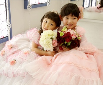 SHIHO、韓国で人気子役の長女披露 日英韓語を勉強のトリリンガル