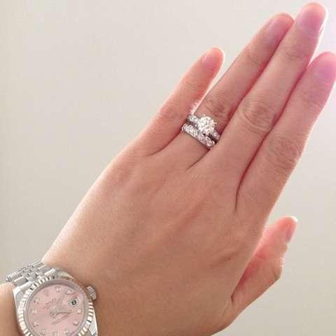 結婚指輪もらえなかった人いますか?