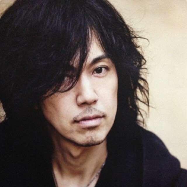 吉川晃司、のどポリープの状況報告 今後1年歌わず治療専念