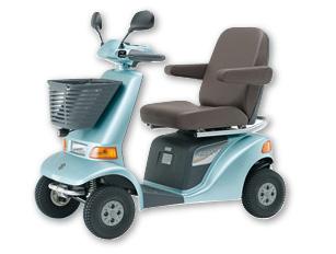 高齢者の交通事故で運転させない手段に脚光! 「バッテリーを外す」「メインヒューズを抜く」