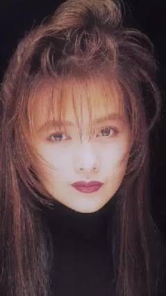 日本一制服が似合う女子グランプリは「オオカミくん」出演の美女・齊藤英里