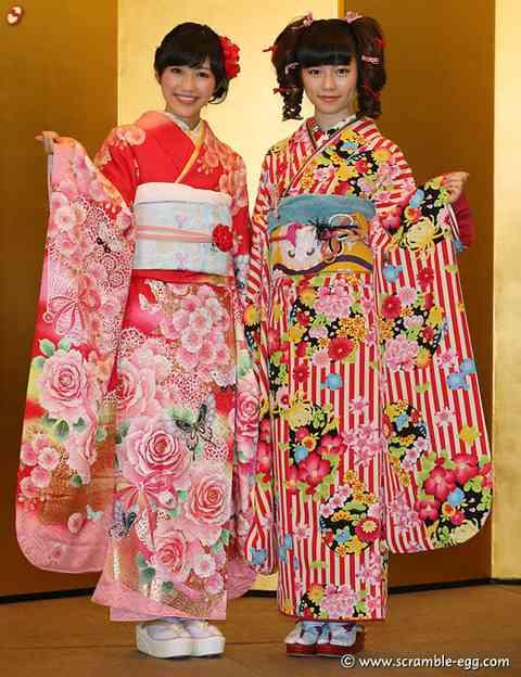 乃木坂46・星野みなみ&樋口日奈ら、晴れ着姿で成人式