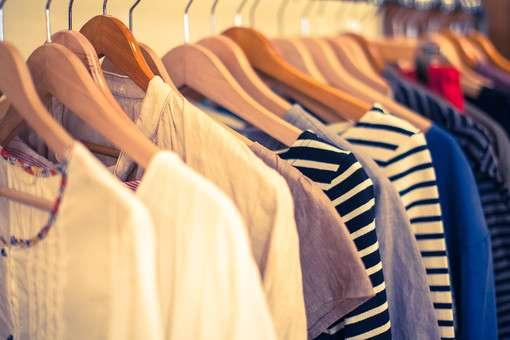 服を買うのが面倒な人。