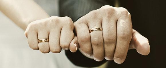婚活頑張って結婚した人ー!