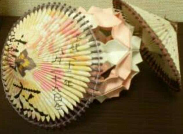 「うちのおじいちゃんの作品を見て」 折り紙で作ったアート作品に「すごくステキ」「個展レベル」の声集まる