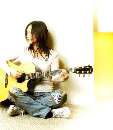 好きなシンガーソングライターは?