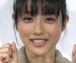 なりたい顔No.1女優の石原さとみが「30代っていいな」と思うワケ
