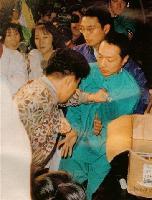 松本智津夫死刑囚、家族と面会絶ち9年=異様な言動、拘置所でも