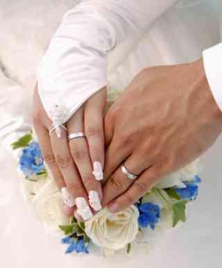 結婚することは当たり前なのか