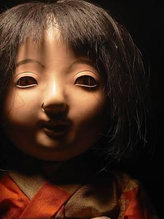 子供の頃に遊んでた人形、どうしましたか?