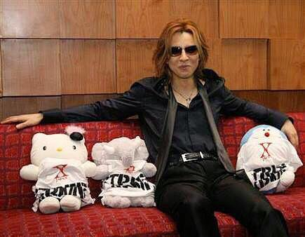 YOSHIKI「みんなが元気になるように」とムーミンとの動画…再生5万回超