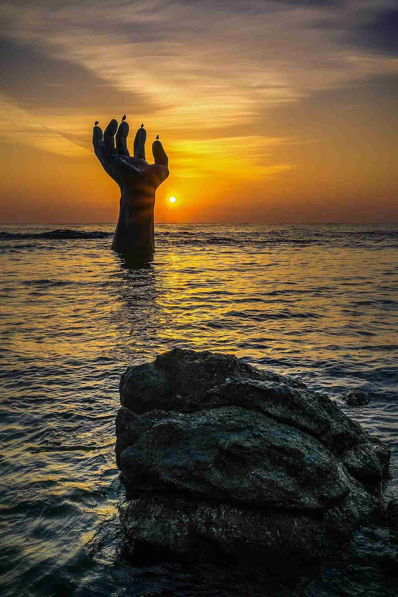 【閲覧注意】海の怖い画像集