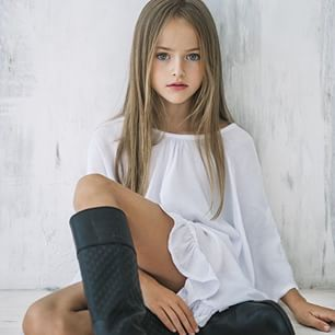 インスタフォロワー19万人超 7歳の双子美少女が人気急上昇中(米)