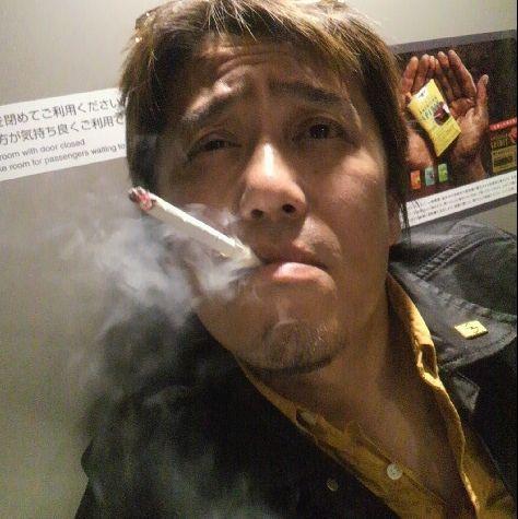 飲食店で働く6割「受動喫煙あり」 全面禁煙に7割賛成