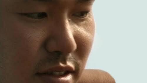 同性の目線、異性の目線、どちらが気になりますか?
