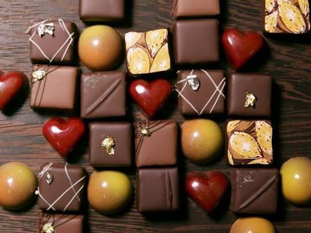 ご主人が職場で義理チョコもらった方!お返しどうしますか?