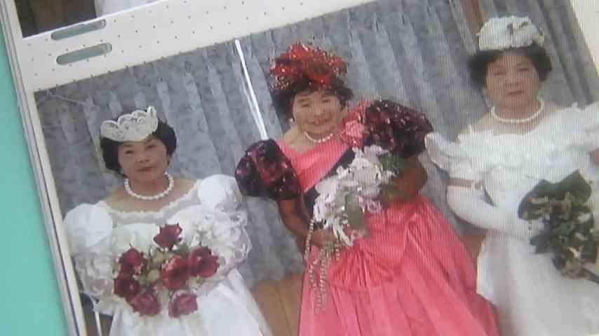 大地真央の相手役は吉田栄作、『越路吹雪物語』ウエディングドレス姿披露