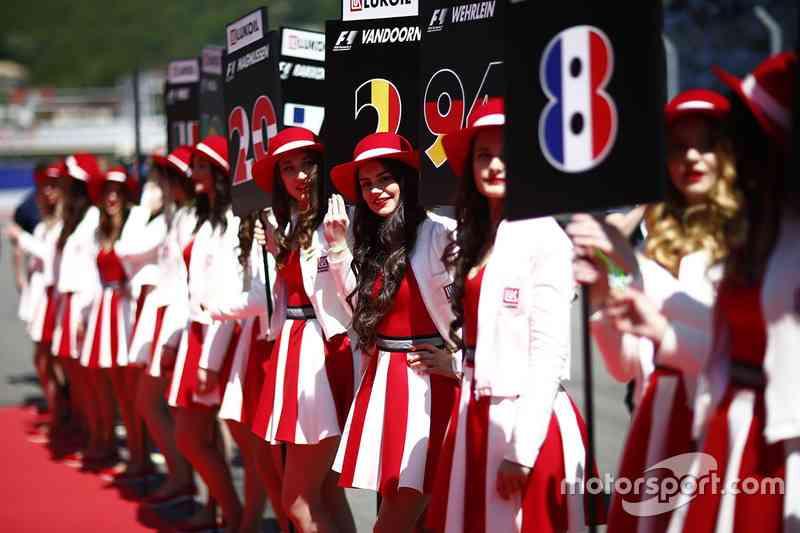 F1がレースクイーン廃止を発表!「現代の社会規範に適さない」