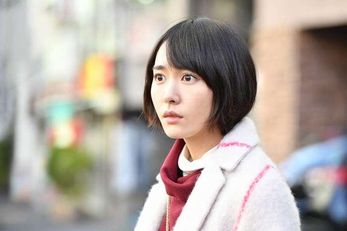 女子高生スタイルの浅野杏奈さん