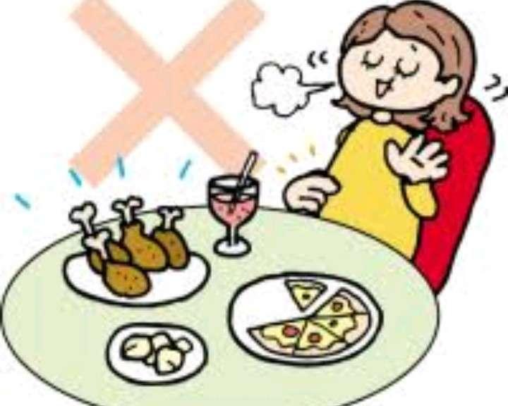 食べ物を残す人についてどう思いますか?
