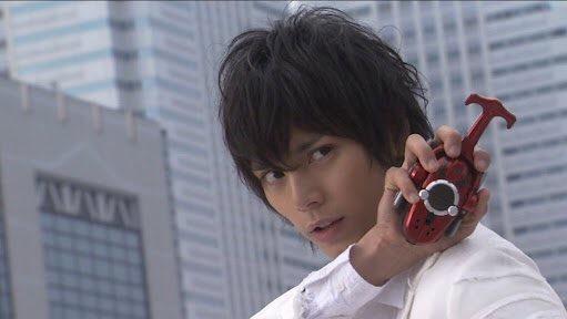 水嶋ヒロ、タキシード「GREXiA」イメージモデルに起用