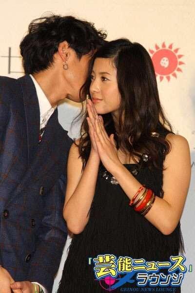 「キスするのかと思ったよ」授賞式でベテランカメラマンを戸惑わせた斉藤由貴の魔性