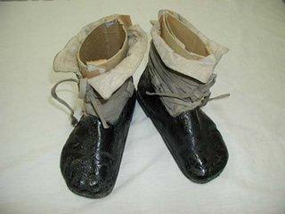 どのボトムスに、どんな靴合わせますか?