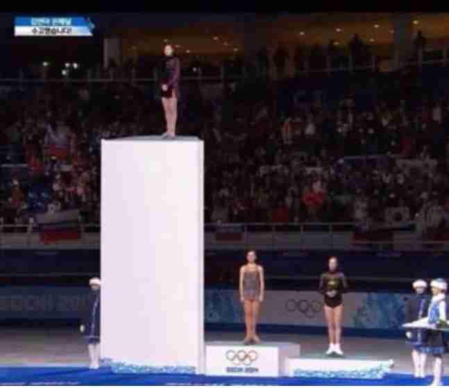 <平昌五輪>ショートトラックで韓国人選手が失格、銅メダルのカナダ選手のSNSに非難殺到