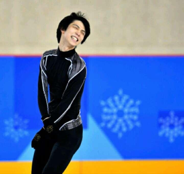 羽生結弦選手のスケート靴 サマンサタバサが850万円で落札