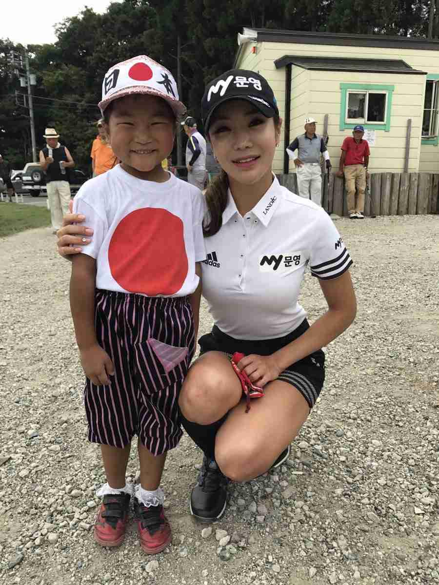 「伝説になる」「緊張するのは凡人」 6歳の天才ゴルファーの発言に賛否両論