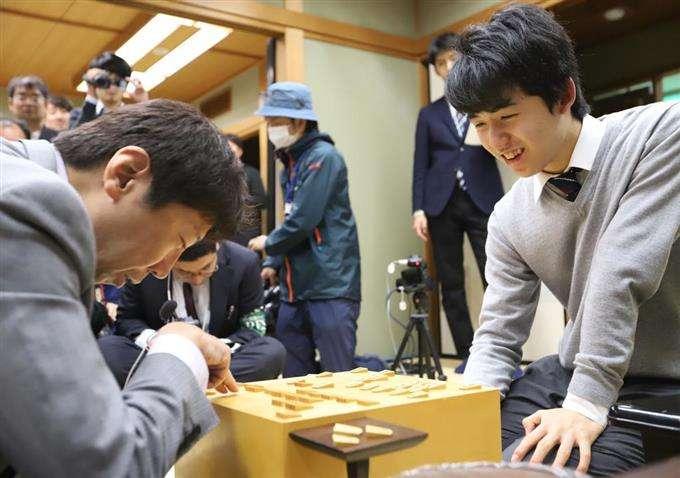 藤井聡太六段 年度成績で4冠達成…勝率、対局数、勝数、連勝部門でトップ