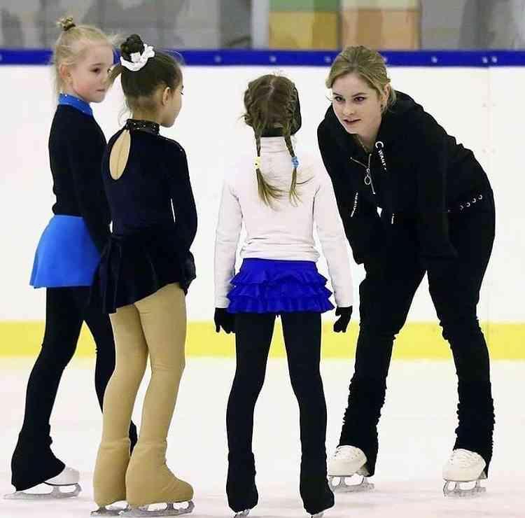 「氷上の妖精」リプニツカヤが帰ってきた! フィギュア指導者として活動開始