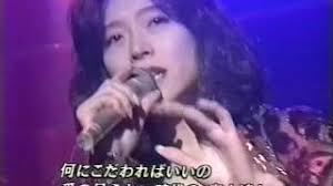 カラオケで歌う昔の曲、ありますか?